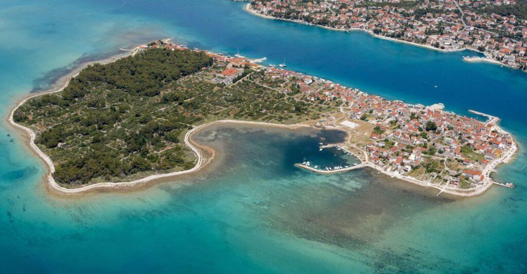 RokOtok 2021.                            1. Brodarica – Krapanj, subota 3. 7. 2021. (370 metara)
